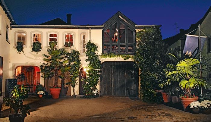 Weinromantikhotel Richtershof Mulheim Germany Along The Moselle